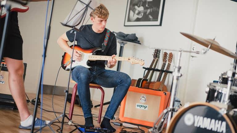 Guitar_thumbnail