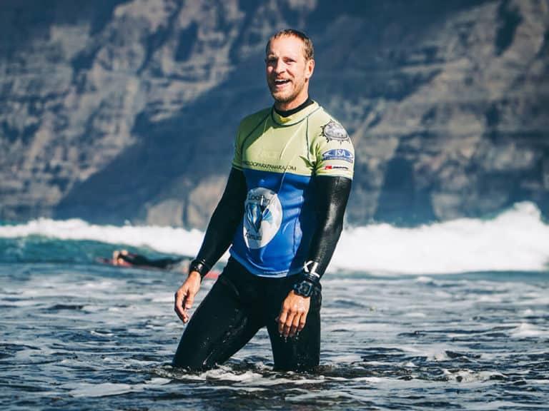 Rene_surfing